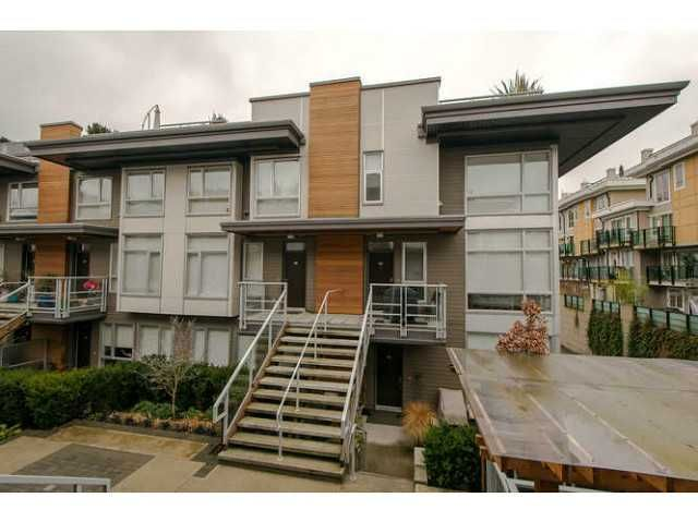 "Main Photo: 225 735 W 15TH Street in North Vancouver: Hamilton Townhouse for sale in ""SEVEN 35"" : MLS®# V1042022"