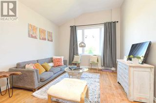 Photo 3: 516 BELLAMY RD N in Toronto: House for sale : MLS®# E5369210