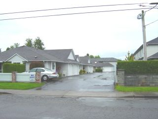 Photo 2:  in Chilliwack: Chilliwack E Young-Yale Townhouse for sale ()  : MLS®# Exclusive Listing