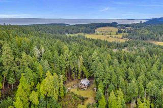 Photo 32: 407 CAMPBELL BAY Road: Mayne Island House for sale (Islands-Van. & Gulf)  : MLS®# R2531288