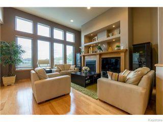 Photo 3: 130 Lindenshore Drive in Winnipeg: River Heights / Tuxedo / Linden Woods Residential for sale (South Winnipeg)  : MLS®# 1613842