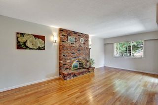 """Photo 12: 6235 171 Street in Surrey: Cloverdale BC House for sale in """"WEST CLOVERDALE"""" (Cloverdale)  : MLS®# R2598284"""