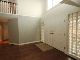 Photo 15: 12483 204 Street in Maple Ridge: Northwest Maple Ridge House for sale : MLS®# R2334396