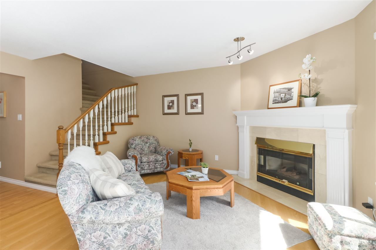 """Photo 10: Photos: 10 11500 NO. 1 Road in Richmond: Steveston South Townhouse for sale in """"MAGNOLIA COURT"""" : MLS®# R2493915"""