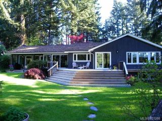 Photo 1: 4875 GREAVES Crescent in COURTENAY: CV Courtenay West House for sale (Comox Valley)  : MLS®# 701288