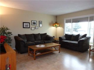 Photo 2: 28 MAYFAIR Close SE: Airdrie Residential Detached Single Family for sale : MLS®# C3645946
