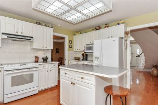 """Photo 7: 2276 130 Street in Surrey: Elgin Chantrell House for sale in """"HUNTINGTON PARK NORTH"""" (South Surrey White Rock)  : MLS®# R2410100"""