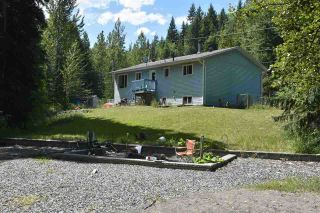 """Photo 6: 1577 NW PATCHETT Road: Bouchie Lake House for sale in """"BOUCHIE LAKE"""" (Quesnel (Zone 28))  : MLS®# R2384378"""