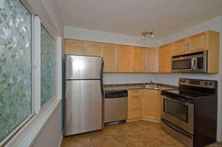 Photo 6: 2 477 Lampson St in : Es Old Esquimalt Condo for sale (Esquimalt)  : MLS®# 862134