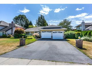 """Photo 1: 19716 34A Avenue in Langley: Brookswood Langley House for sale in """"Brookswood"""" : MLS®# R2199501"""