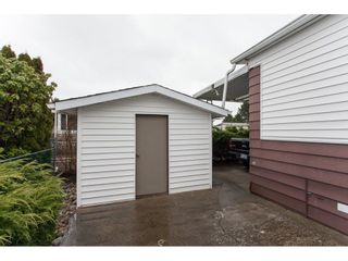 """Photo 20: 106 2303 CRANLEY Drive in Surrey: King George Corridor Manufactured Home for sale in """"Sunnyside"""" (South Surrey White Rock)  : MLS®# R2150906"""