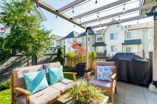 """Photo 3: 8 8138 204 Street in Langley: Willoughby Heights Townhouse for sale in """"Ashbury and Oak"""" : MLS®# R2507978"""