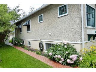 Photo 2: 1409 6 Street NW in Calgary: Rosedale House for sale : MLS®# C4008743