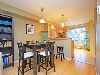 """Photo 7: 26 288 ST DAVIDS Avenue in North Vancouver: Lower Lonsdale Townhouse for sale in """"ST DAVID'S LANDING"""" : MLS®# V1041759"""