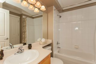 """Photo 45: 1 15450 ROSEMARY HEIGHTS Crescent in Surrey: Morgan Creek Townhouse for sale in """"CARRINGTON"""" (South Surrey White Rock)  : MLS®# R2201327"""
