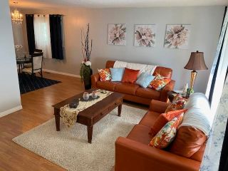 Photo 2: 114 Centennial Drive: Wetaskiwin House for sale : MLS®# E4247352