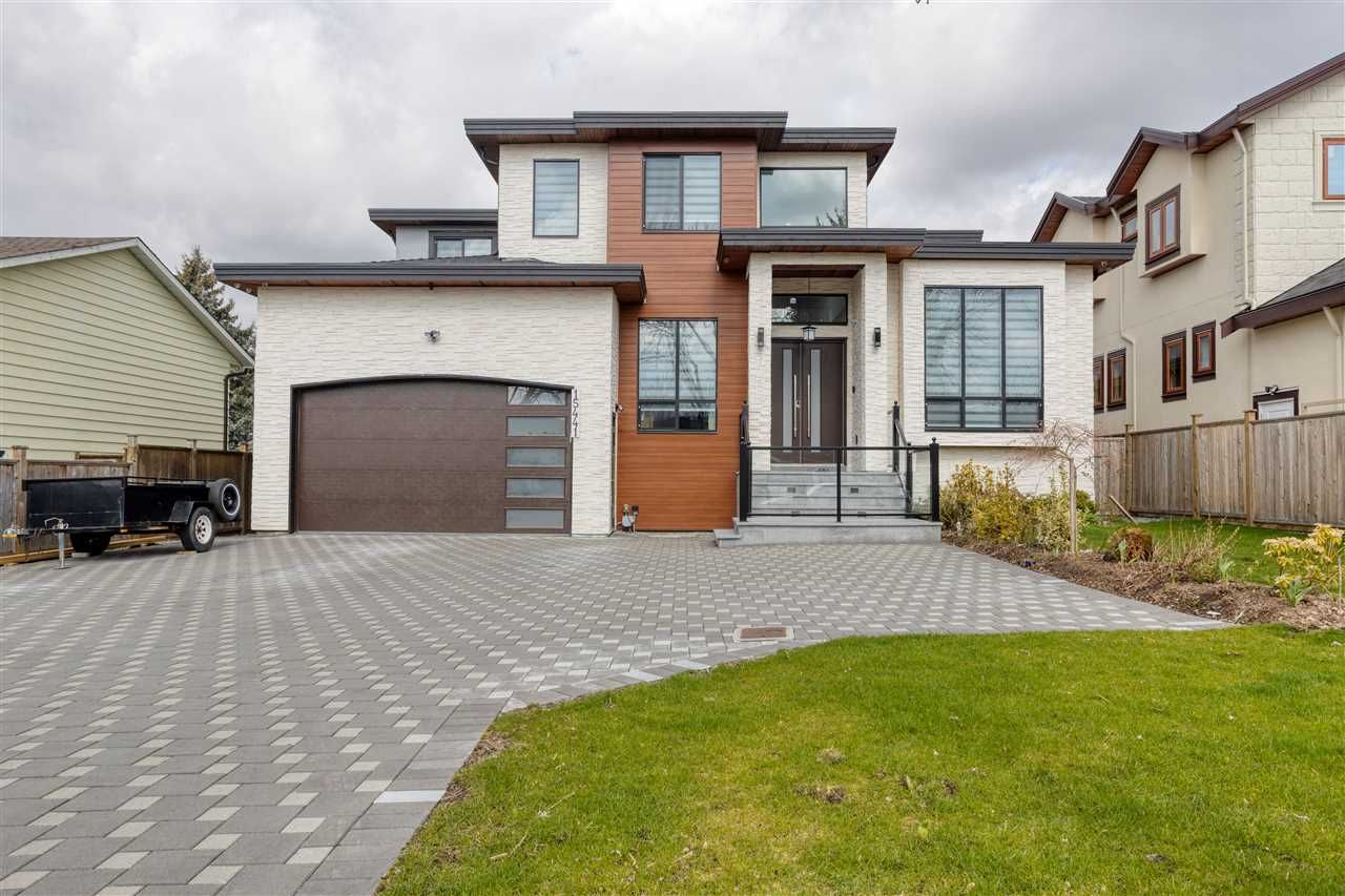Main Photo: 15441 85A Avenue in Surrey: Fleetwood Tynehead House for sale : MLS®# R2560112
