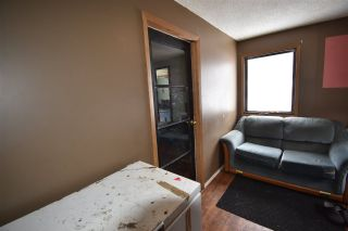 """Photo 21: 650 FIR Street in Quesnel: Red Bluff/Dragon Lake Manufactured Home for sale in """"RED BLUFF"""" (Quesnel (Zone 28))  : MLS®# R2546733"""