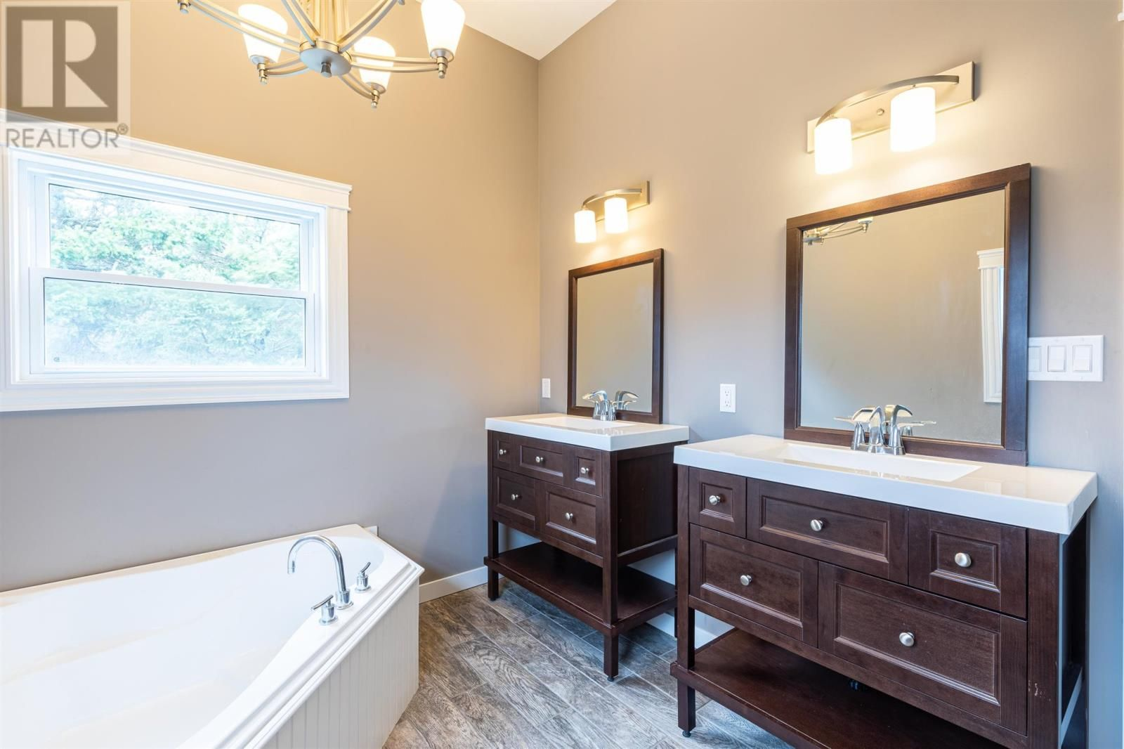 Photo 16: Photos: 5 Cherry Lane in Stratford: House for sale : MLS®# 202119303