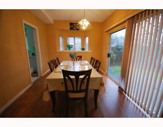 """Photo 3: 36 8551 GENERAL CURRIE Road in Richmond: Brighouse South Townhouse for sale in """"THE CRESCENT"""" : MLS®# V751217"""