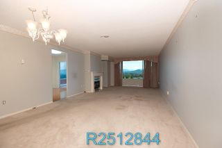 """Photo 6: 812 12148 224 Street in Maple Ridge: East Central Condo for sale in """"Panorama"""" : MLS®# R2512844"""