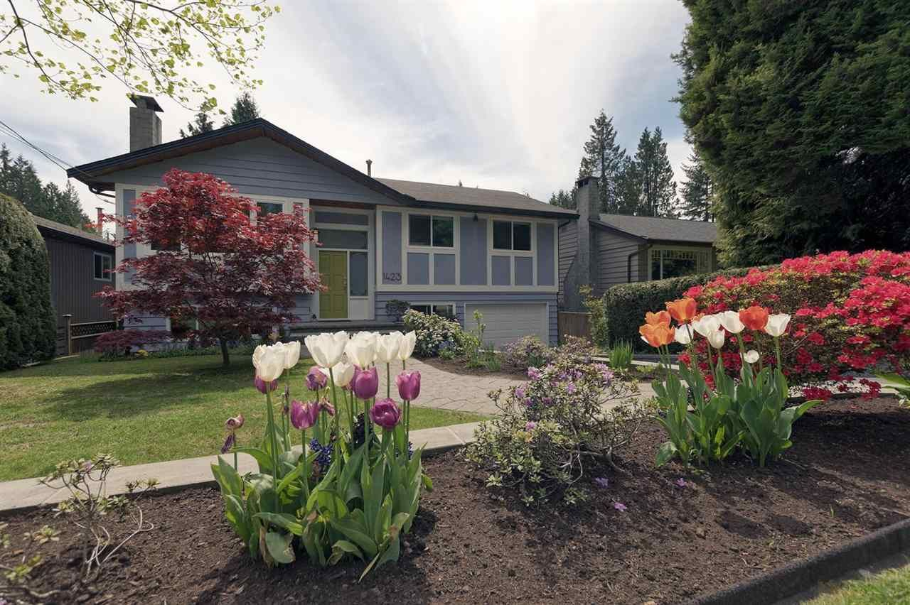 Main Photo: 1423 EVELYN STREET in North Vancouver: Lynn Valley House for sale : MLS®# R2271341