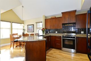 """Photo 6: 19 15450 ROSEMARY HEIGHTS Crescent in Surrey: Morgan Creek Townhouse for sale in """"Carrington"""" (South Surrey White Rock)  : MLS®# R2252052"""