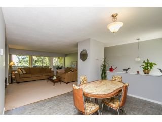 """Photo 7: 1172 CHATEAU Place in Port Moody: College Park PM Townhouse for sale in """"CHATEAU PLACE"""" : MLS®# R2056264"""