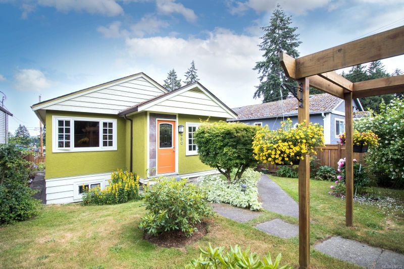 FEATURED LISTING: 650 Hillcrest Ave