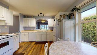 Photo 9: 5709 CASCADE Crescent in Sechelt: Sechelt District House for sale (Sunshine Coast)  : MLS®# R2520079
