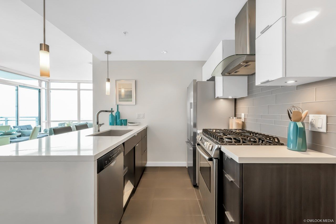 Photo 8: Photos: 1903 1775 QUEBEC Street in Vancouver: Mount Pleasant VE Condo for sale (Vancouver East)  : MLS®# R2433958