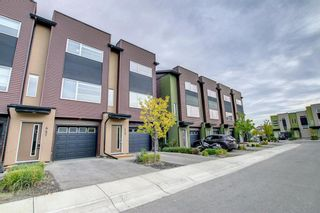 Main Photo: 447 Covecreek Circle NE in Calgary: Coventry Hills Row/Townhouse for sale : MLS®# A1152471