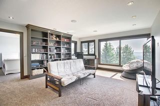 Photo 33: 136 Edelweiss Drive NW in Calgary: Edgemont Detached for sale : MLS®# A1127888