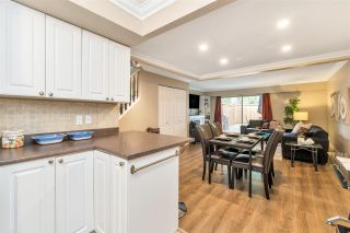 "Photo 15: 22741 GILLEY Avenue in Maple Ridge: East Central Townhouse for sale in ""CEDAR GROVE 2"" : MLS®# R2480697"