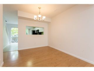 """Photo 7: 58 13706 74TH Avenue in Surrey: East Newton Townhouse for sale in """"Ashlea Gate"""" : MLS®# F1448974"""