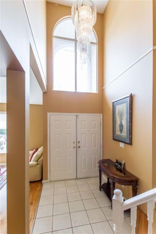 Photo 7: 183 SAN JUAN Place in Coquitlam: Cape Horn House for sale : MLS®# R2408815