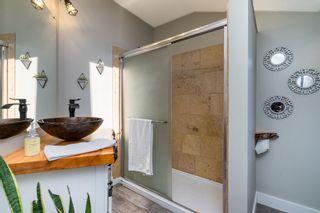 Photo 19: 15591 VICTORIA Avenue: House for sale in White Rock: MLS®# R2604648