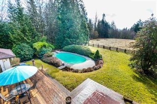 Photo 2: 27970 110 Ave in Maple Ridge: Whonnock House for sale : MLS®# R2498720