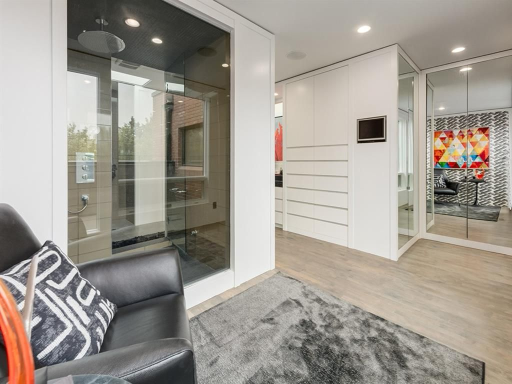 Photo 6: Photos: 515 21 Avenue SW in Calgary: Cliff Bungalow Row/Townhouse for sale : MLS®# A1035349