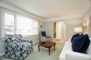 Photo 4: 115 W Beatrice Street in Oshawa: Centennial House (1 1/2 Storey) for sale : MLS®# E5103401