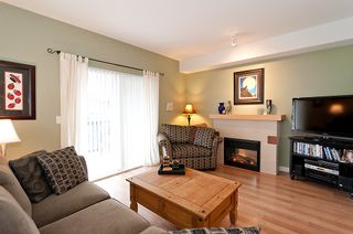 """Photo 3: 187 15236 36TH Avenue in Surrey: Morgan Creek Townhouse for sale in """"SUNDANCE"""" (South Surrey White Rock)  : MLS®# F1206363"""