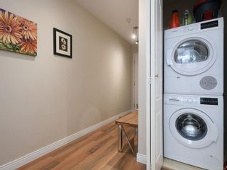 Photo 19: 208 1371 Hillside Ave in : Vi Oaklands Condo for sale (Victoria)  : MLS®# 870353