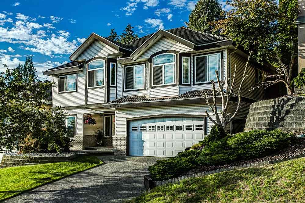 Main Photo: 23831 ZERON Avenue in Maple Ridge: Albion House for sale : MLS®# R2095484