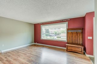 Photo 4: 1949 Lytton Crescent SE in Calgary: Ogden Detached for sale : MLS®# A1134396