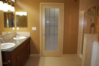 Photo 10: 32 841 156 Street in Edmonton: Zone 14 House Half Duplex for sale : MLS®# E4232960