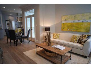 Photo 3: 334 W 14TH Avenue in Vancouver: Mount Pleasant VW Townhouse for sale (Vancouver West)  : MLS®# R2074925