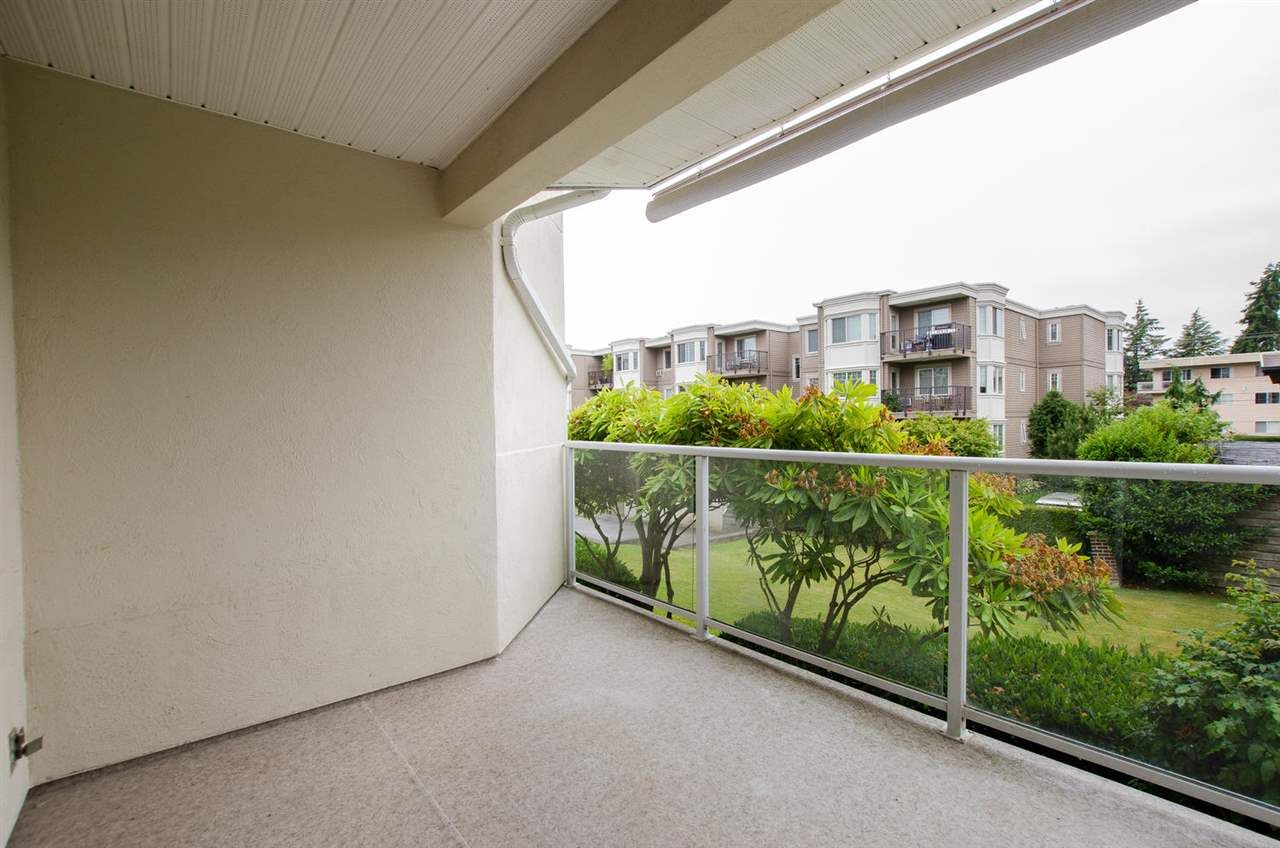 """Photo 15: Photos: 104 1327 BEST Street: White Rock Condo for sale in """"Chestnut Manor"""" (South Surrey White Rock)  : MLS®# R2339263"""