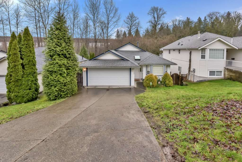 Main Photo: 11456 ROXBURGH Road in Surrey: Bolivar Heights House for sale (North Surrey)  : MLS®# R2545430