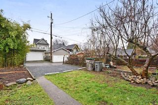 Photo 18: 1944 CHARLES Street in Vancouver: Grandview VE House for sale (Vancouver East)  : MLS®# R2232069
