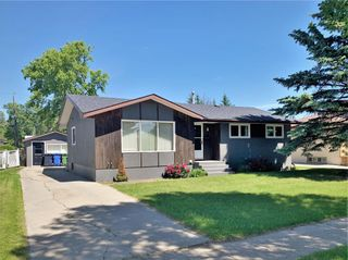 Photo 2: 18 River Avenue East in Dauphin: Residential for sale (R30 - Dauphin and Area)  : MLS®# 1931146